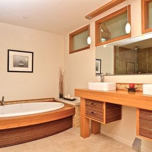 Ejemplo de cuarto de baño de estilo zen con lavabo sobreencimera