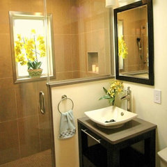 modern bathroom by RJK Construction Inc