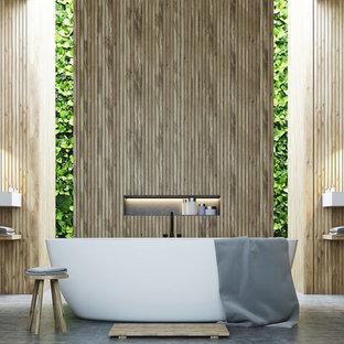 На фото: с высоким бюджетом ванные комнаты среднего размера в стиле модернизм с открытыми фасадами, светлыми деревянными фасадами, отдельно стоящей ванной, разноцветной плиткой, разноцветными стенами, полом из сланца, подвесной раковиной, столешницей из дерева, разноцветным полом и разноцветной столешницей