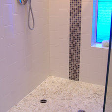 Traditional Bathroom by Zen Paradise, Inc.