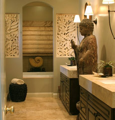 eclectic bathroom by Gayle Wainwright