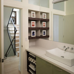 modern bathroom by Levy Art & Architecture