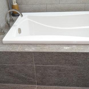 Bathroom - contemporary bathroom idea in Cincinnati