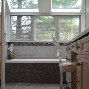 Inspiration for a contemporary bathroom remodel in Cincinnati