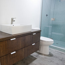 Contemporary Bathroom by ULTIMATE CABINETS