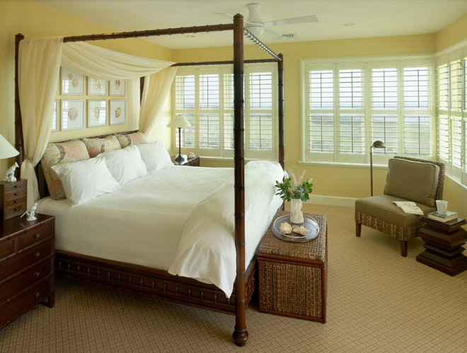 Tropical Bedroom by Andreozzi Architects