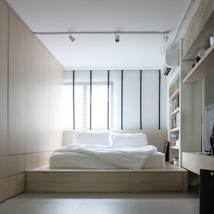 Small scandinavian bedroom in Singapore.