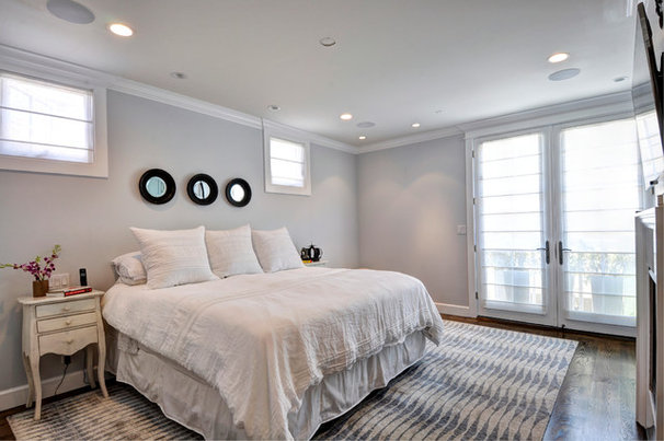 Traditional Bedroom by White Sands Coastal Development