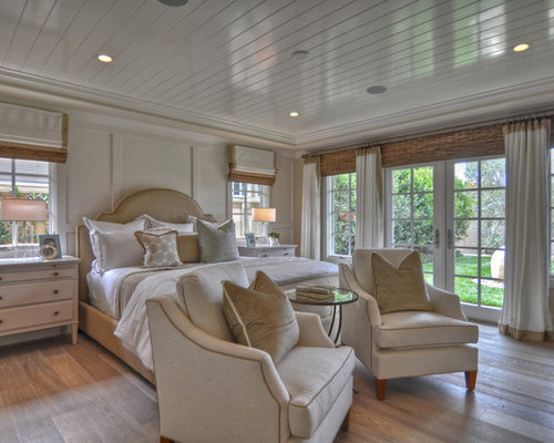 Beau Bedroom   Beach Style Light Wood Floor Bedroom Idea In Los Angeles With  White Walls