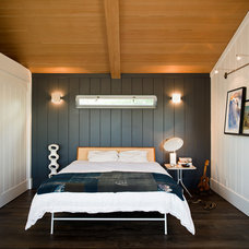 Modern Bedroom by Michael Lee Architects