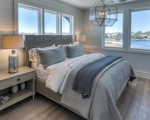 maritime schlafzimmer mit hellem holzboden einrichten ideen bilder deko houzz. Black Bedroom Furniture Sets. Home Design Ideas