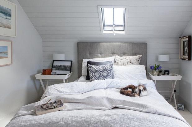 Coastal Bedroom by Gabriel Holland Interior Design