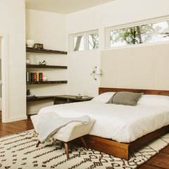 modern bedroom by Baxter Design Group