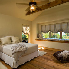 Rustic Bedroom by Witt Construction