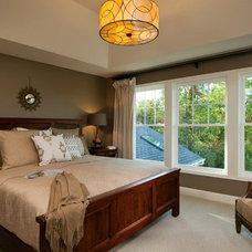 Traditional Bedroom by Plum and Crimson Fine Interior Design