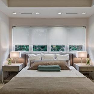 Выдающиеся фото от архитекторов и дизайнеров интерьера: спальня в современном стиле с белыми стенами