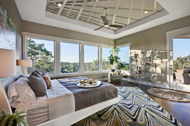 Contemporary Bedroom by AUSTIN DESIGN GROUP