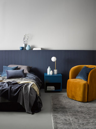 Contemporary Bedroom by Resene