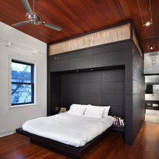 Contemporary Bedroom by Blender Architecture