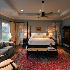 Traditional Bedroom by Herridge & Assoc., Inc.