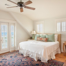 Beach Style Bedroom by Emerald Coast Real Estate Photography