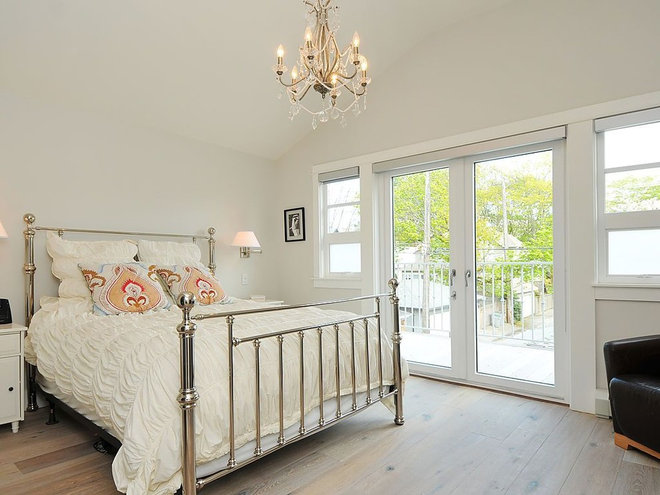 Traditional Bedroom by Kits Construction