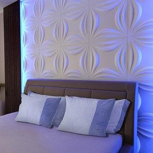 Diseño de dormitorio minimalista con paredes marrones