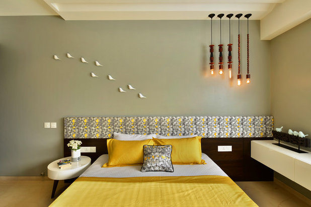 Contemporary Bedroom by Aum Architects