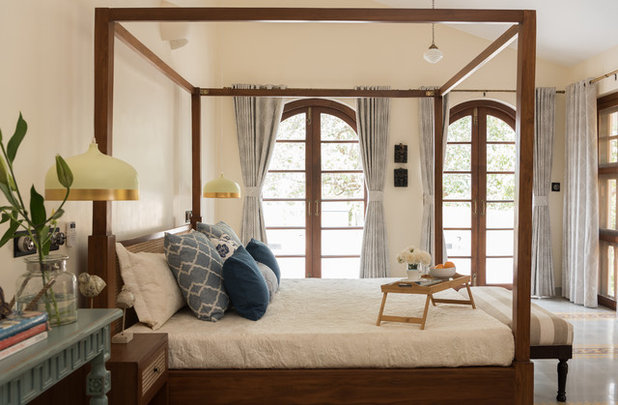 American Traditional Bedroom by Papersky Studio