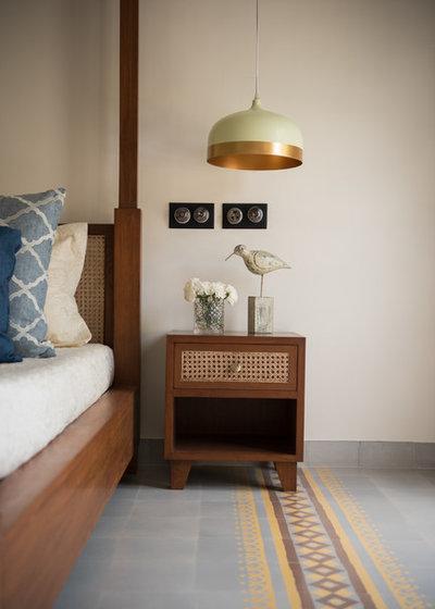 Mediterranean Bedroom by Papersky Studio