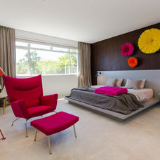 Modern Bedroom by GSQUARED architects
