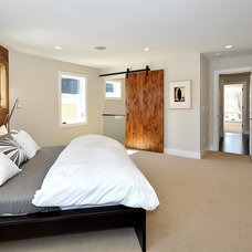 Asian Bedroom by Dave Alan Homes