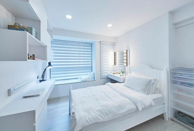 Contemporary Bedroom by Carpenters.com.sg
