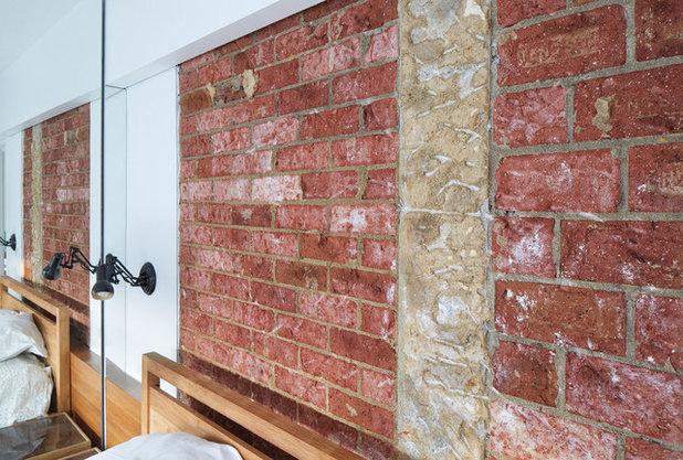 コンテンポラリー 寝室 by SOLID architects