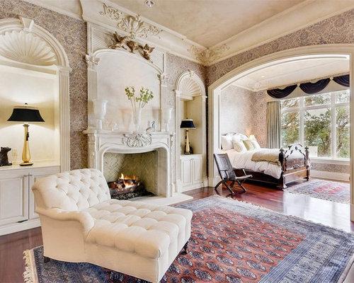 chambre victorienne avec un manteau de chemin e en brique photos et id es d co de chambres. Black Bedroom Furniture Sets. Home Design Ideas