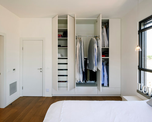 Sharing A Four Foot Wide Closet With The Ram Tucked Behind Bedroom Door 200 Anizer This To Be Specific