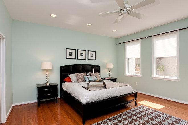 Modern Bedroom by Busybee Design