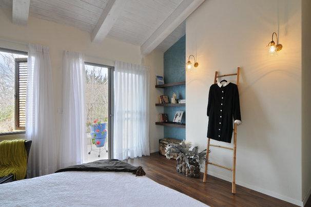 Contemporary Bedroom by NURIT GEFFEN-BATIM STUDIO