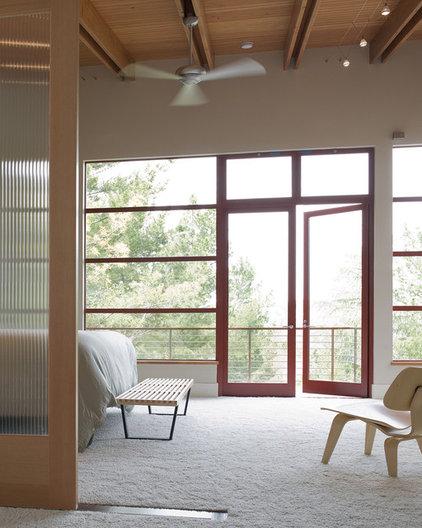 Modern Bedroom by Banducci Associates Architects, Inc.