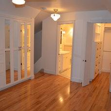 Traditional Bedroom by Bella Vista Development Corp.