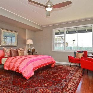 Example of an eclectic bedroom design in Hawaii
