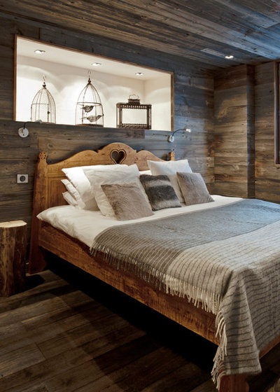 Rustic Bedroom by Inspired Dwellings
