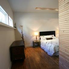 Modern Bedroom by Boor Bridges Architecture