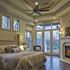 mediterranean bedroom by Veranda Fine Homes