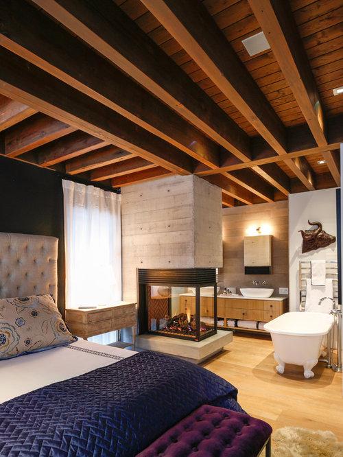 chambre montagne avec un manteau de chemin e en carrelage. Black Bedroom Furniture Sets. Home Design Ideas