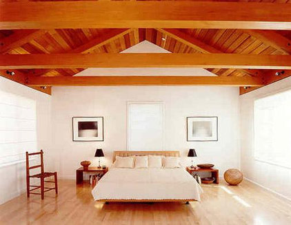 Modern Bedroom by Andre Rothblatt Architecture