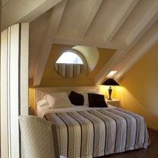 Mediterranean Bedroom by anima forma corporis architectures
