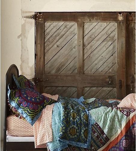 Best anthropologie bedroom design ideas remodel pictures for Anthropologie bedroom ideas
