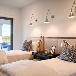 Design ideas for a classic guest bedroom in Miami with white walls.