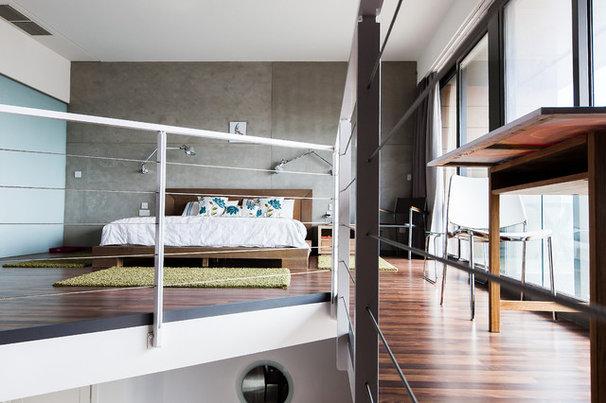 Contemporary Bedroom by DeMicoli & Associates